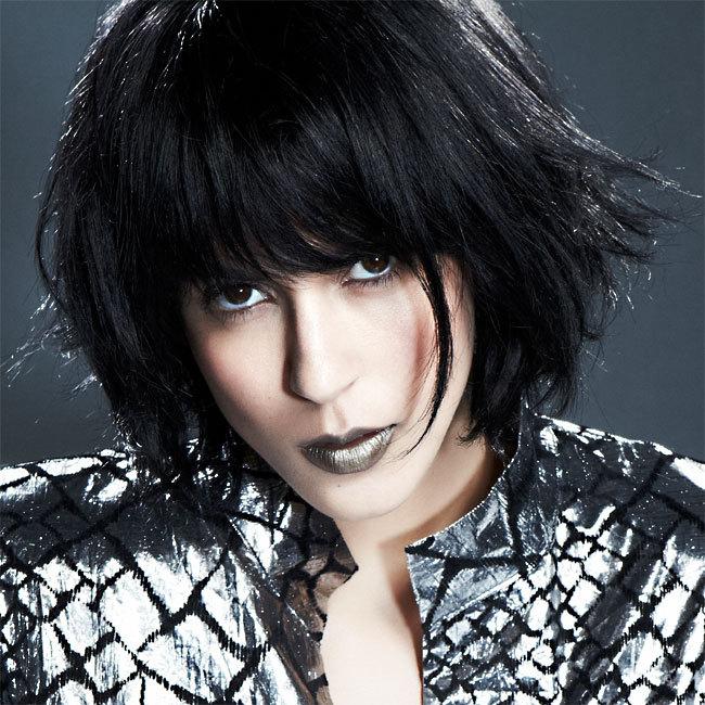 Coiffure HAIRCOIF - cheveux mi-longs - Automne-hiver 2011-2012