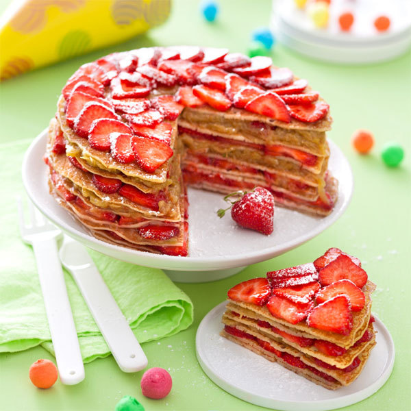 Zoom Gâteau de crêpes fraises-rhubarbe