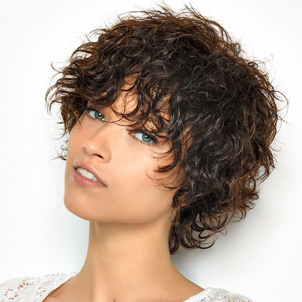 Coupe et coiffure cheveux bouclés et courts SAINT ALGUE - printemps-été 2014