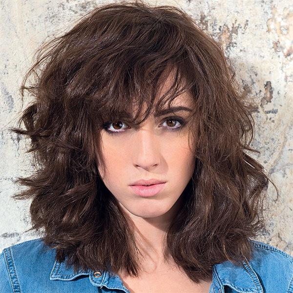 Coiffure cheuveux bouclés longs MOD's HAIR -  printemps-été 2014