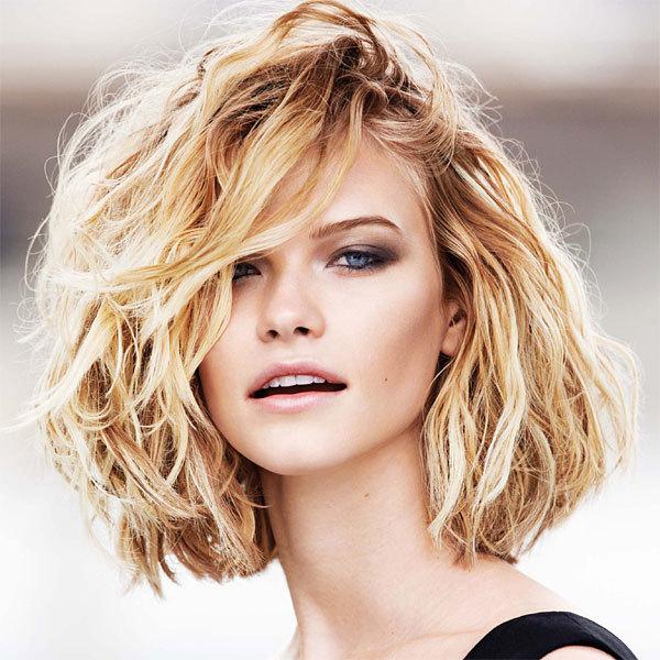 Idee coiffure cheveux court mi long