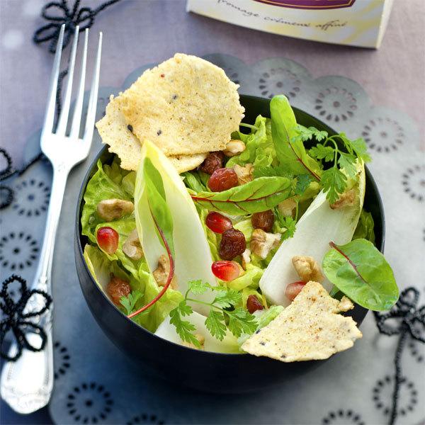 Zoom Salade mélangée et chips de Boursault au sésame