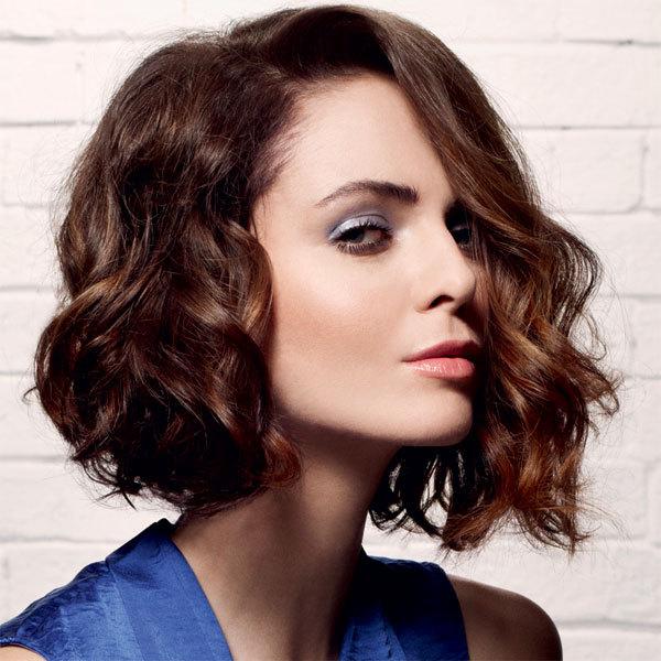 Coiffure cheveux mi-longs - CAMILLE ALBANE - tendances printemps-été 2014