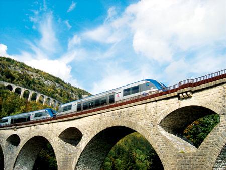 Ligne des Hirondelles dans le Jura © CRT Franche Comté