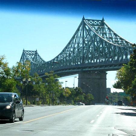 Le pont Jacques Cartier qui relie la pointe est de l'île principale de Montréal à l'île Sainte-Hélène (D.R.)