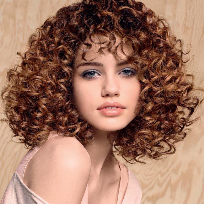 Coiffure cheveux mi-longs - CAMILLE ALBANE - tendances automne-hiver 2014-2015