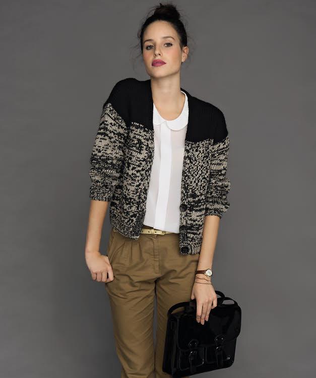 Modèle gratuit : gilet court col V au point jersey à tricoter