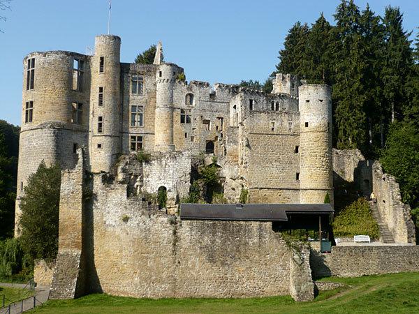Le château moyenâgeux de Beaufort perdu en pleine nature. (R.L.H.)