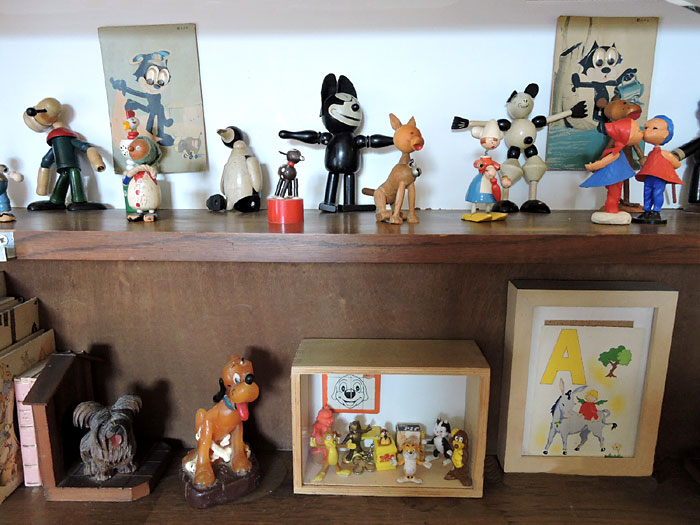Des poupées du Pif Gadget et autres silhouettes des années 70 (D.R.)