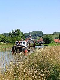Balade en bateau sur les canaux de Haute-Marne