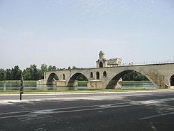 le pont St-Bénezet, dit le pont d'Avignon (D.R.)