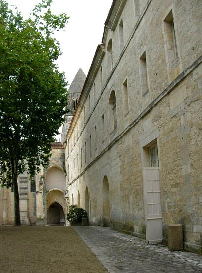 L'ancien couvent de l'Abbaye aux Dames à Saintes (D.R.)