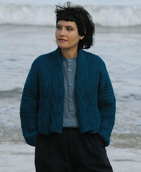 Veste à tricoter - Tricots et pulls marins de Luce Smits - Photo : Jean-Charles Vaillant.