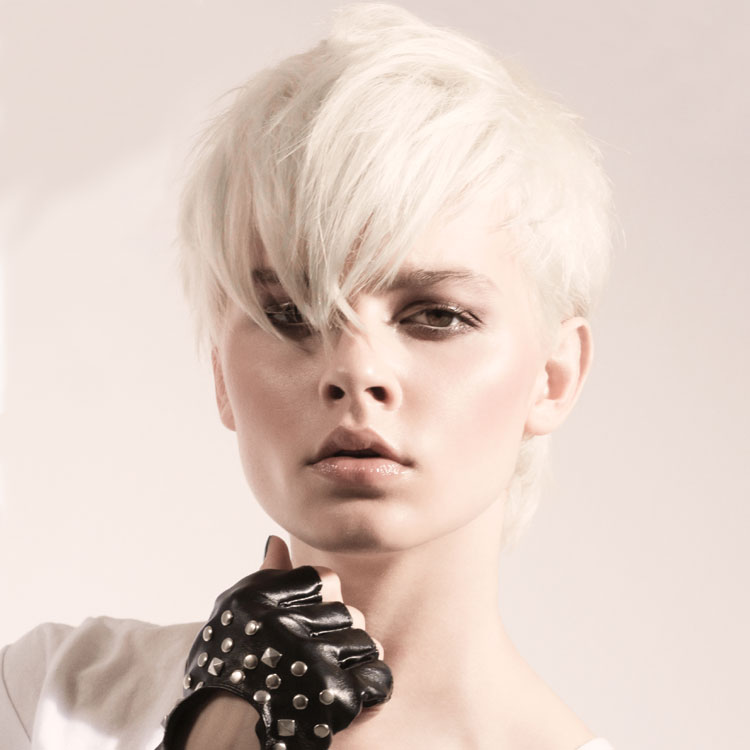 Coiffure cheveux courts - Mario LOPEZ - Tendances printemps-été 2017.