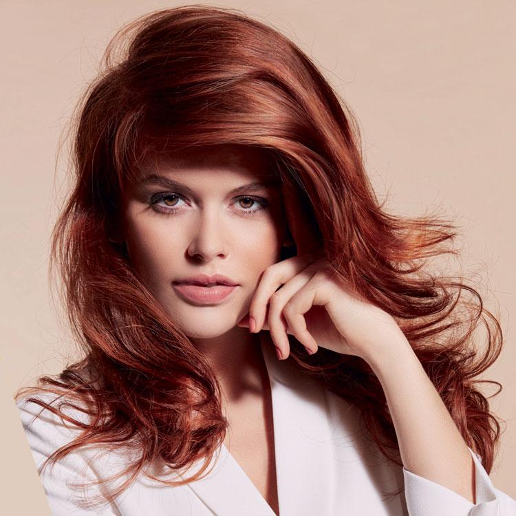 Coupe coiffure pour cheveux longs VOG - Tendances printemps-été 2017.