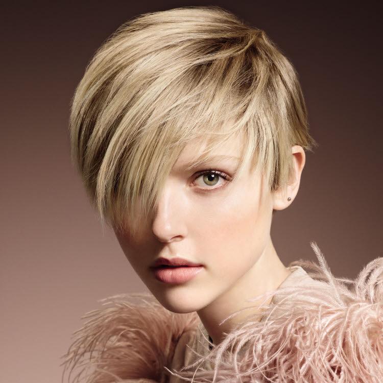 Suite des coiffures coupes courtes tendances automne - Coiffeur specialiste coupe courte paris ...