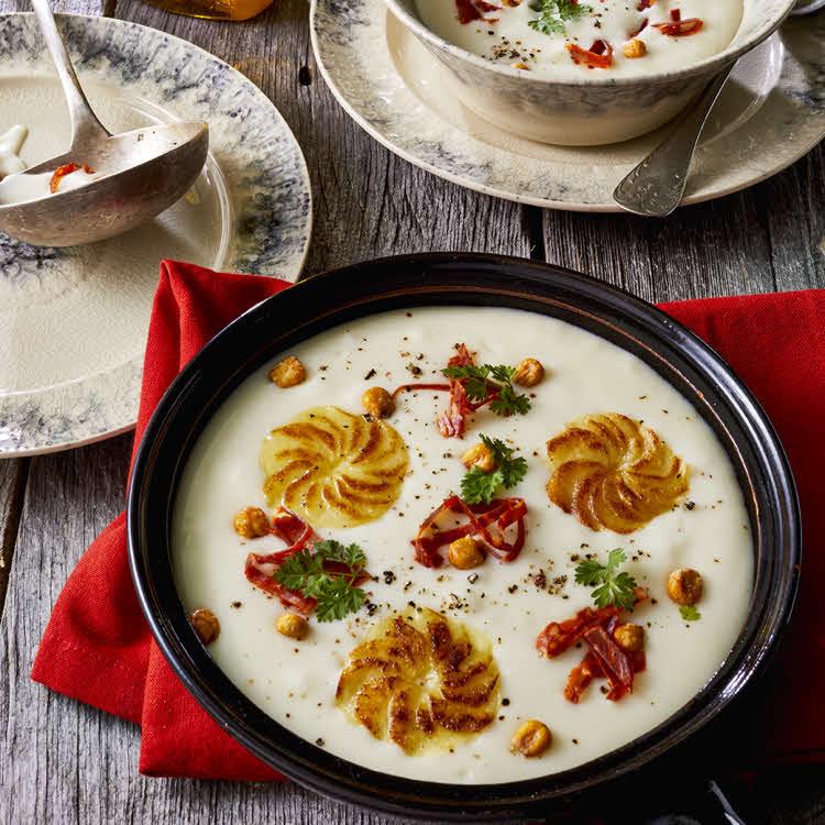 Recette du chef Éric Reithler : velouté de pommes de terre au maïs et au chorizo.