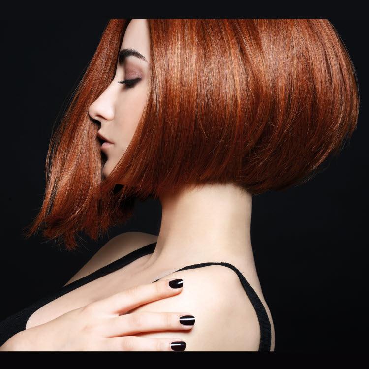 Coupe et coiffure cheveux mi-longs BIGUINE Paris - Automne-hiver 2018-2019.