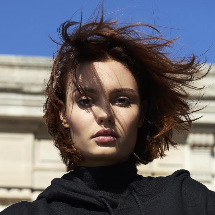 Coupe et coiffure cheveux mi-longs MOD's HAIR - Automne-hiver 2018-2019.