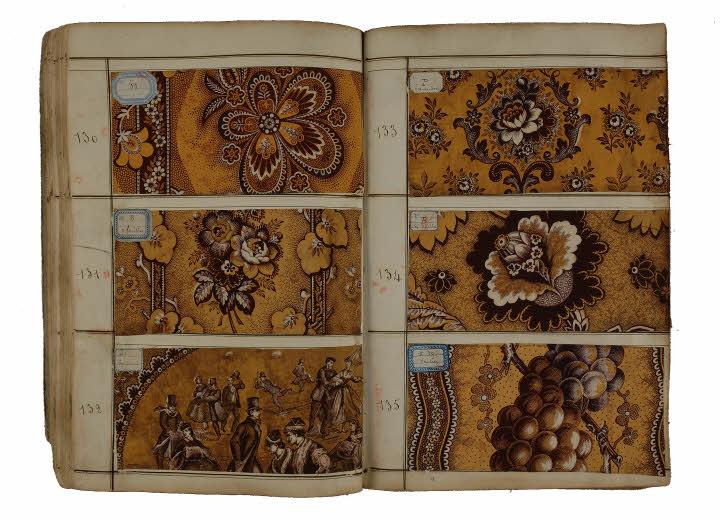"""Catalogue de motifs pour cotonnades """"indiennes"""". Corderie Vallois à Notre-Dame-de-Bondeville, près de Rouen."""