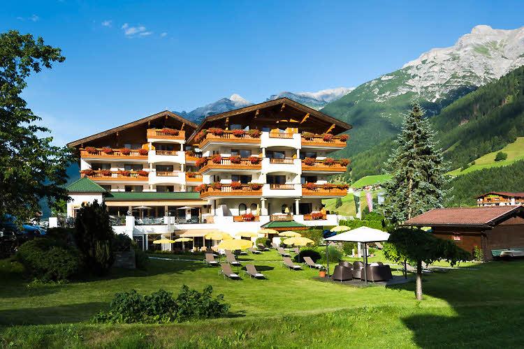 Hotel Der Stubaierhof à Neustift dans la vallée de Stubai au Tyrol.