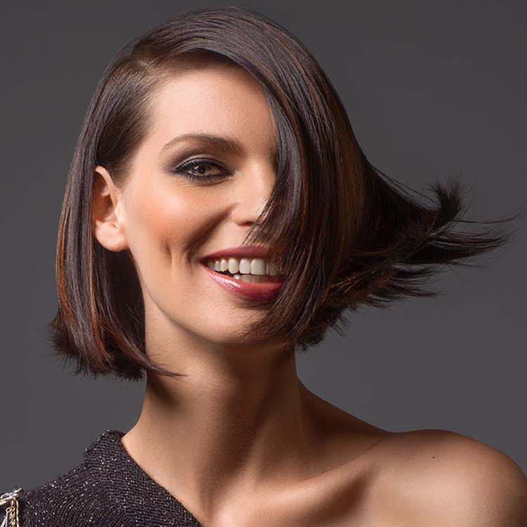 Coupe et coiffure cheveux mi-longs Maximilien Coiffure - Automne-hiver 2019-2020.