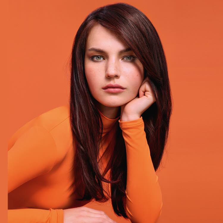 Coupe et coiffure cheveux longs Camille ALBANE - Automne-hiver 2019-2020.