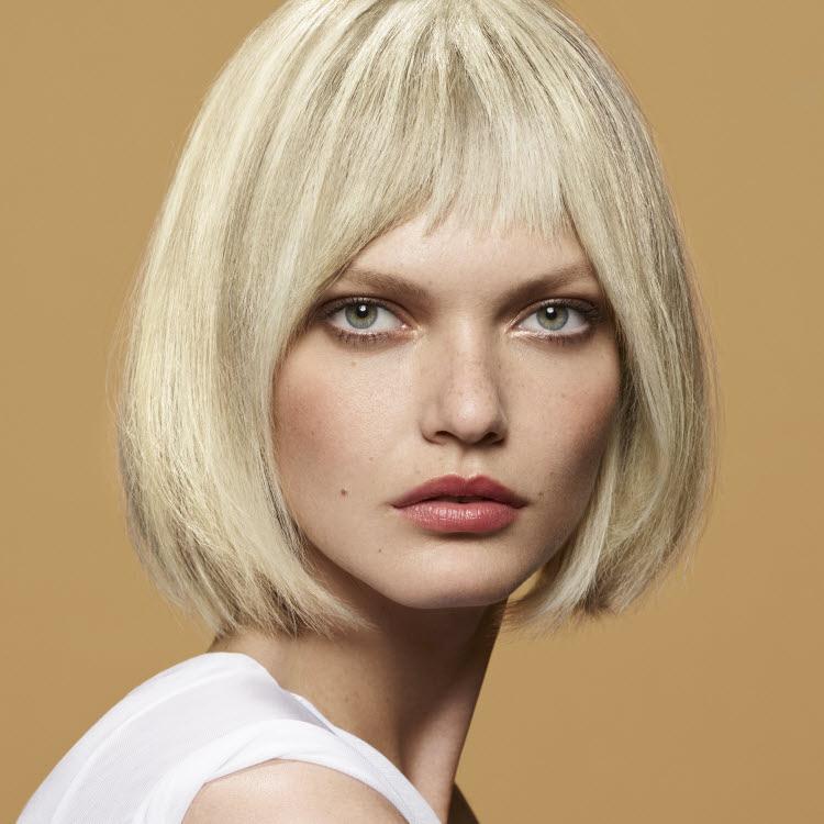 Coupe et coiffure pour cheveux mi-longs Camille ALBANE - Printemps-été 2020.
