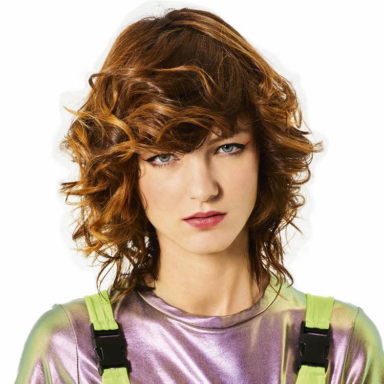 Coupe et coiffure SHAMPOO Paris - Printemps-été 2020.