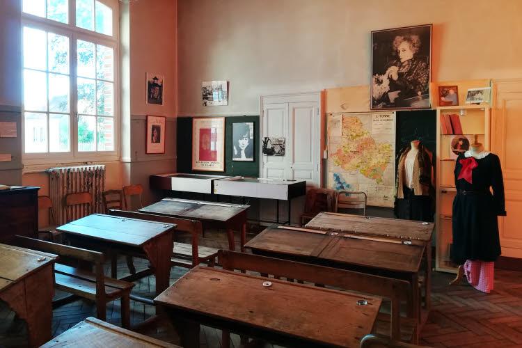 La classe de Colette dans l'école de Saint-Sauveur-en-Puisaye © ABCfeminin.com.