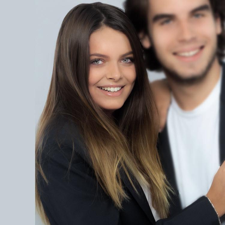 Coupe et coiffure pour cheveux longs BIGUINE Paris - Automne-Hiver 2020-2021.