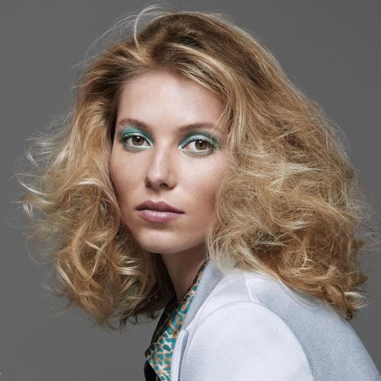 Coupe et coiffure pour cheveux longs MANIATIS Paris - Collection 2021.