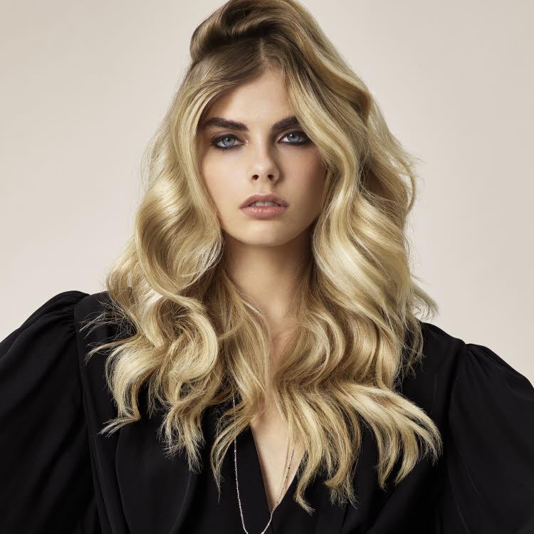 Coupe et coiffure pour cheveux longs DESSANGE Paris - Printemps-été 2021.