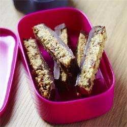 Recette pour lunch box de Yannick Alléno : Barre de céréales stimulante