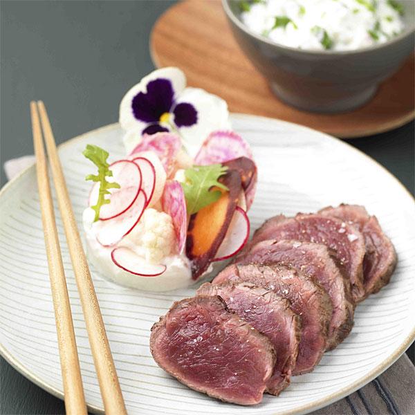 Zoom recette filet de bœuf chateaubriand façon tataki, une recette du chef Marc Boissieux