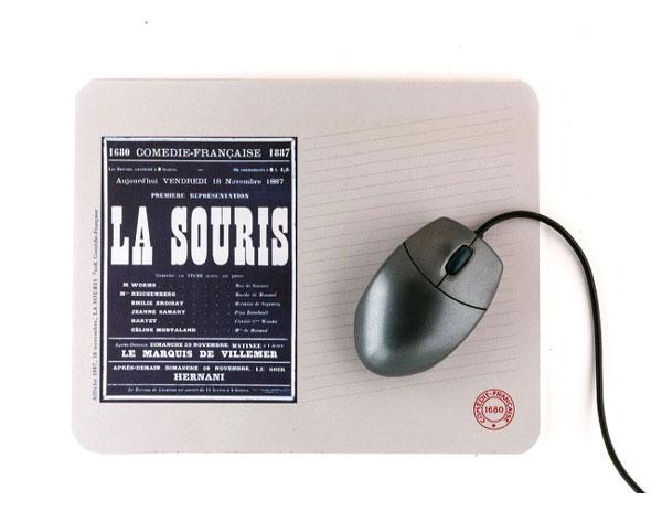 """Idée cadeau de Noël Les MOTS n° 7 - Tapis de souris """"Affiche Comédie-Française"""""""