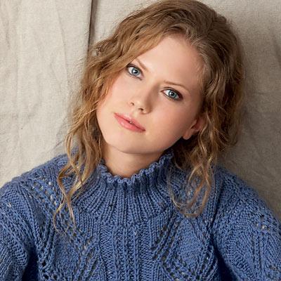 Modèle expliqué gratuit : pull à points losanges et col montant à tricoter