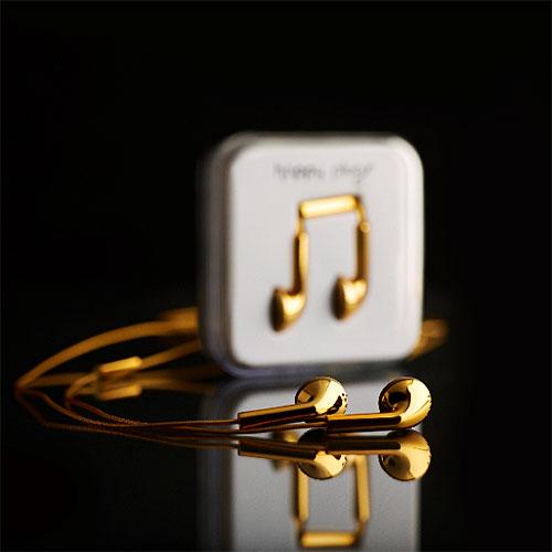 Écouteurs et câble USB Happy Plugs