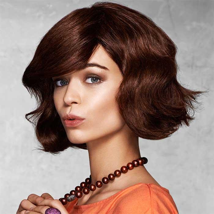 Coiffure cheveux mi-longs - VOG - tendances Printemps-été 2016
