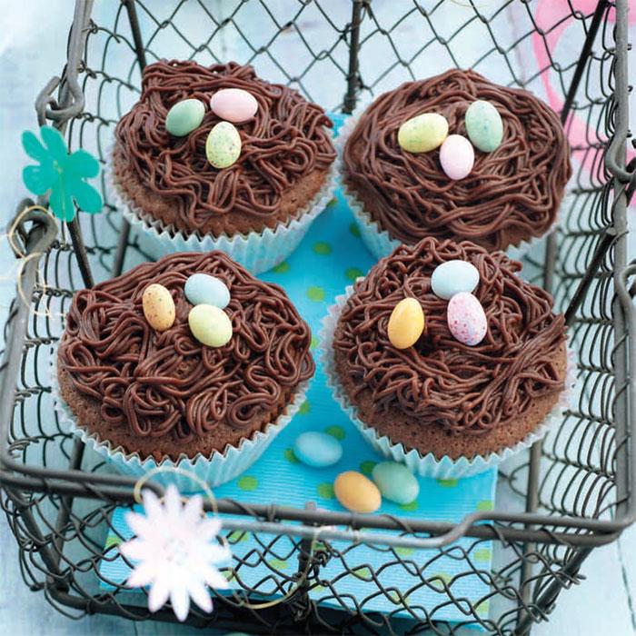 Zoom RECETTE Spéciale Pâques : cupcakes nids au chocolat