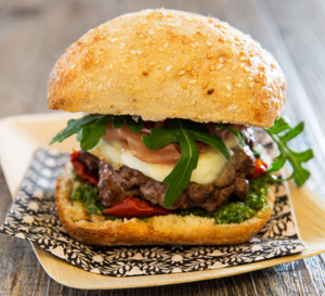 Recette all'italiana : Burger à la mozzarella.