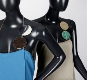 Les robes-bijoux de Taher Chemirik à la galerie BSL