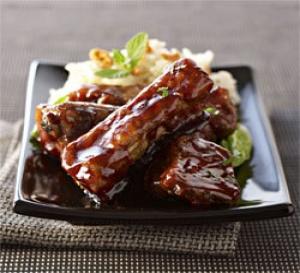 recette : travers de porc caramélisés et risotto aux amandes
