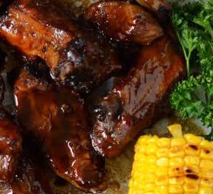 American food : travers de porc (ribs) marinés à la sauce café