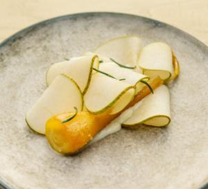 Dessert du chef Florent Ladeyn : panais et poire à la crème et à la vergeoise