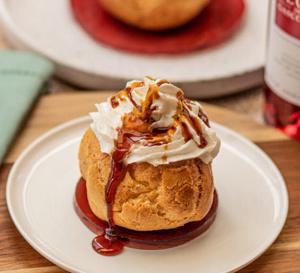 Recette des Landes : petits choux à la crème, caramel à l'Armagnac