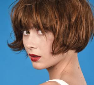 Les nouvelles coupes et coiffures pour cheveux mi-longs de l'été 2020