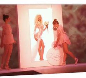 luxe et volupté pour le 2ème défilé lingerie couture de Zahia