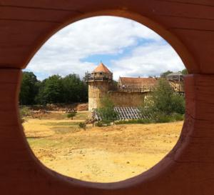 Des châteaux pas comme les autres en Bourgogne-Franche-Comté