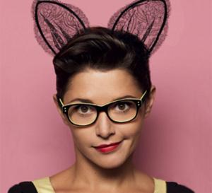 Krys poursuit sa campagne pour apprendre à s'aimer avec des lunettes